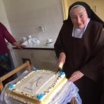sr-anne-cutting-cake-new-ross